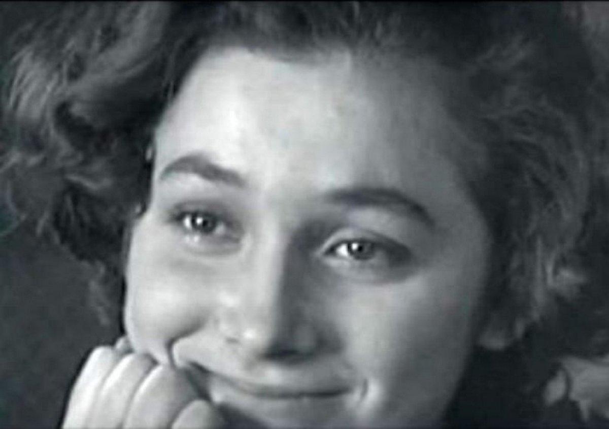 За кадром кинокартины «А зори здесь тихие»: как сложились судьбы актрис, исполнивших главные роли