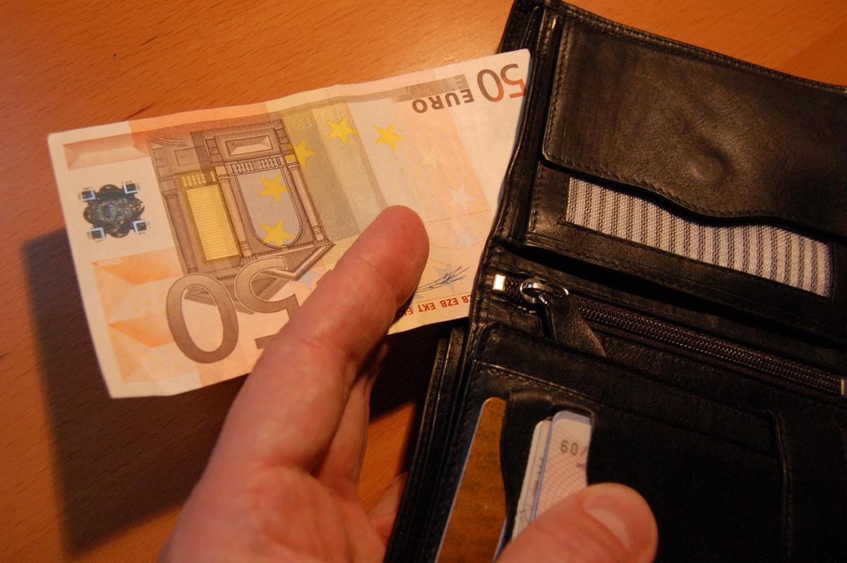 Как не тратить деньги впустую: ценные советы