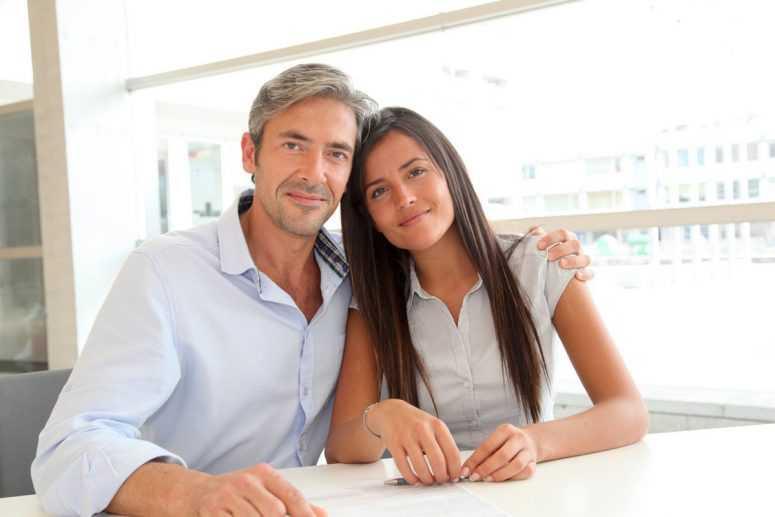 Если мужчина старше: факты, которые нужно знать его избраннице