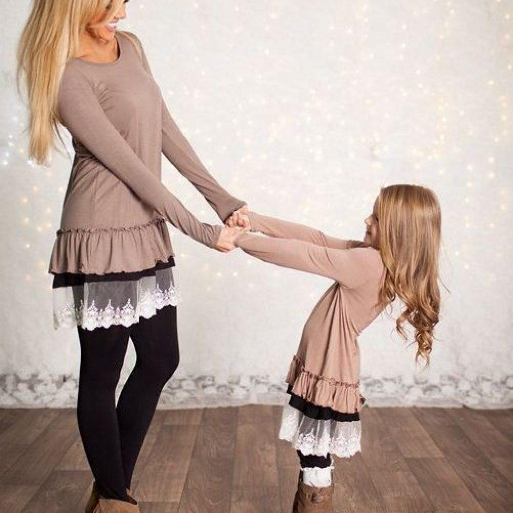 Потрясающие фото, где мама и дочка в одинаковых образах