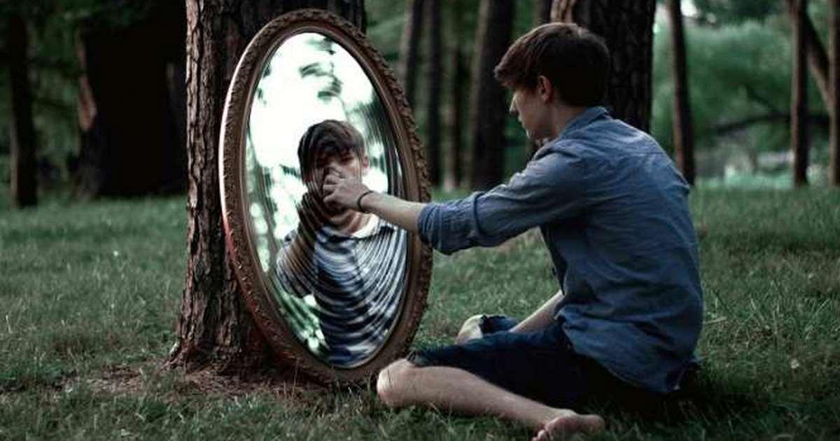 Перестаньте чесать зеркало: как избавиться от ложных убеждений